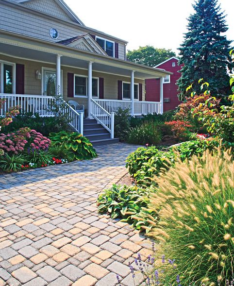 vintage-style-pavers-in-front-entrance
